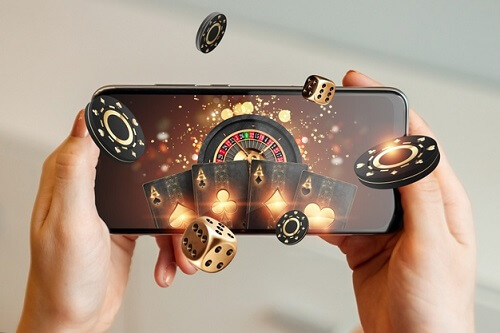 Advantages and Disadvantages of Playing on Mobile Casinos
